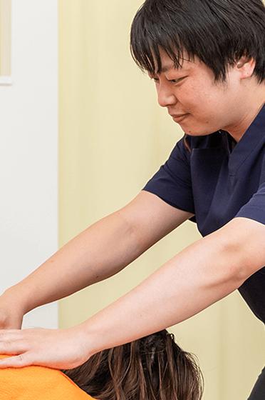 福岡県春日市昇町にある希整骨院の肩こり施術画像