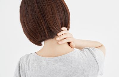 寝違え(首痛)の原因イメージ